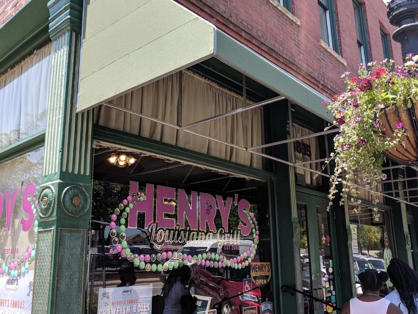 Henry's Acworth Georgia Restaurant Awning