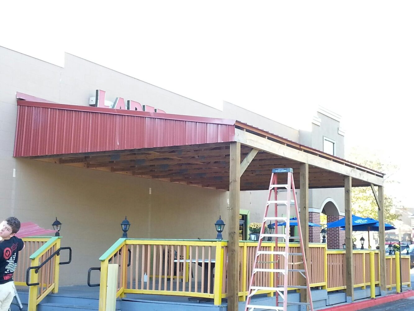 Large Scale Standing Seam Metal Awning Patio Roof