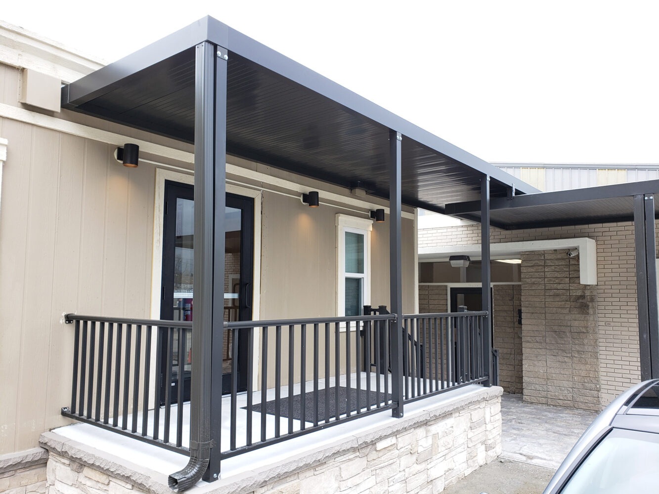 Patio Cover | Office Building